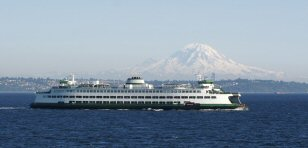 Ferry_Wenatchee_enroute_to_Bainbridge_Island_WA